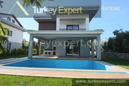 4detached villa with private pool5