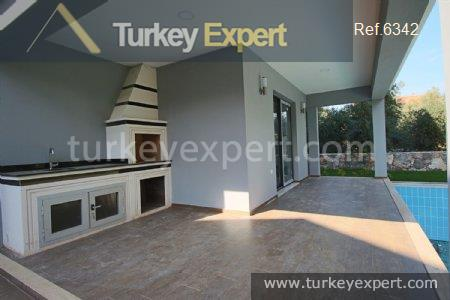detached villa with private pool1