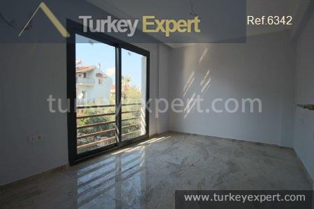detached villa with private pool10