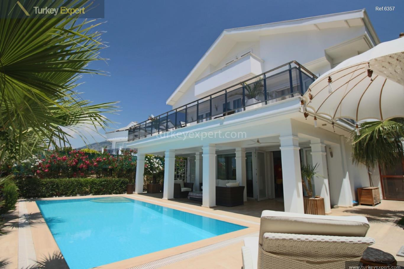 1exclusive villa with swimming pool111