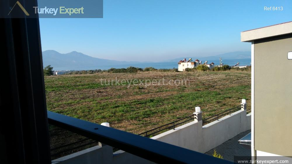 detached sea view villa with34