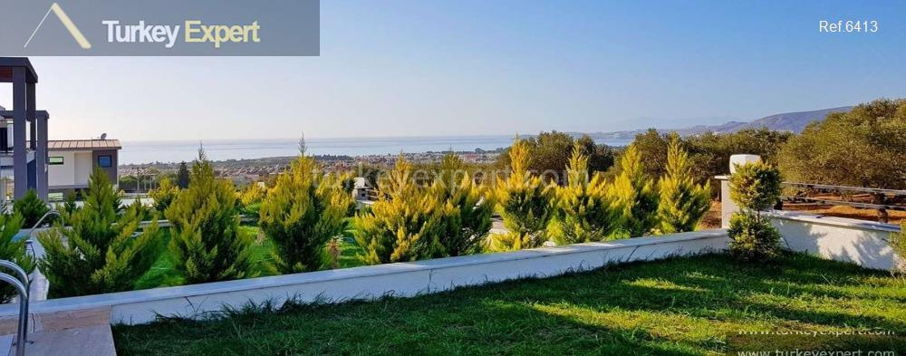 detached sea view villa with5