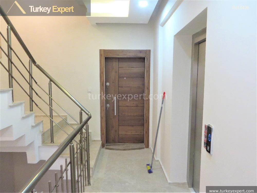 residential apartment in izmir with1