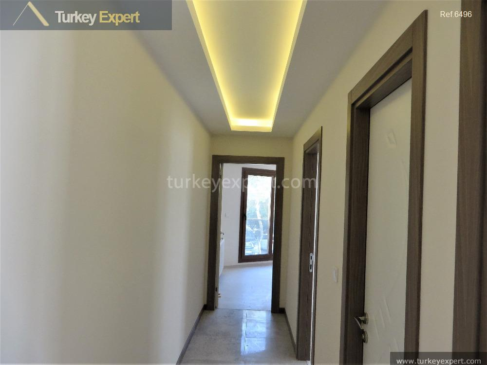 residential apartment in izmir with11