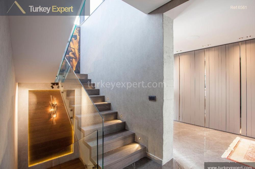 luxury spacious villa for sale15