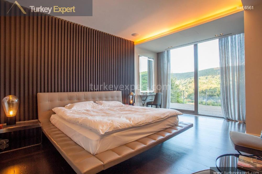 luxury spacious villa for sale24