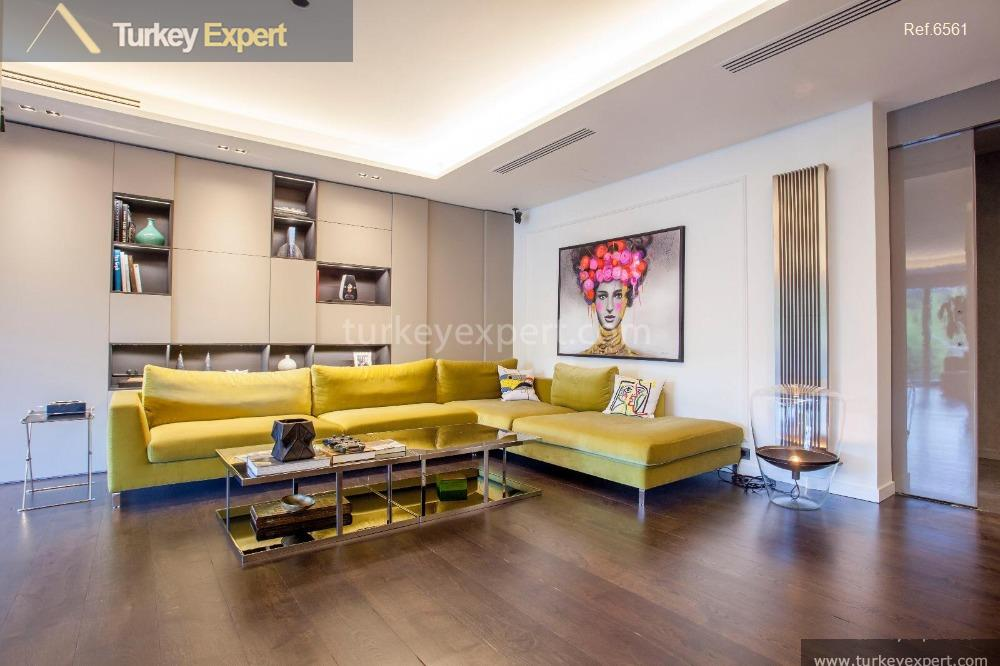 luxury spacious villa for sale26