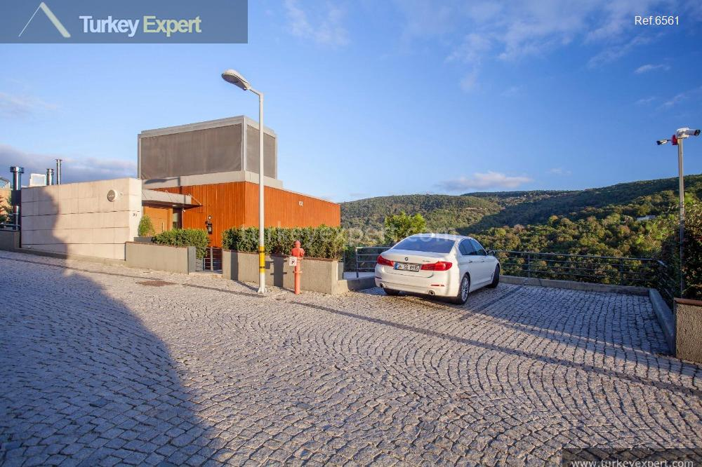 luxury spacious villa for sale9