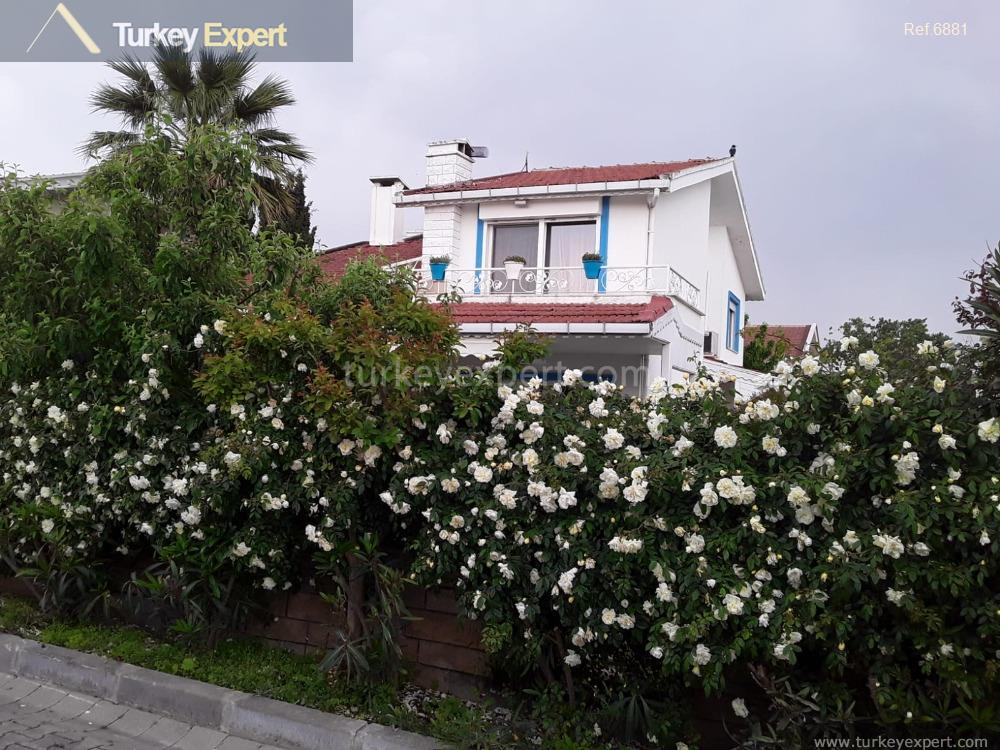 1beautiful seafront villa for sale1