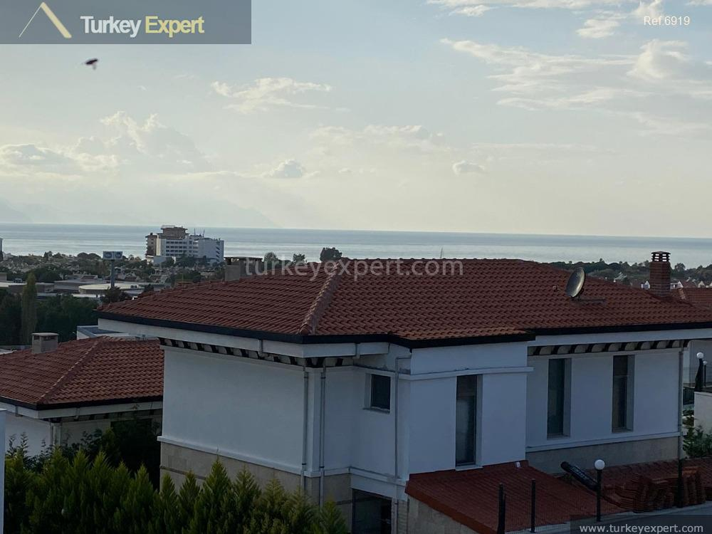 detached villa with sea view36