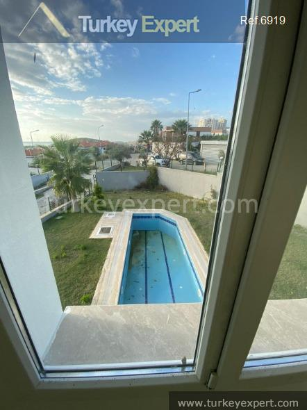 detached villa with sea view38