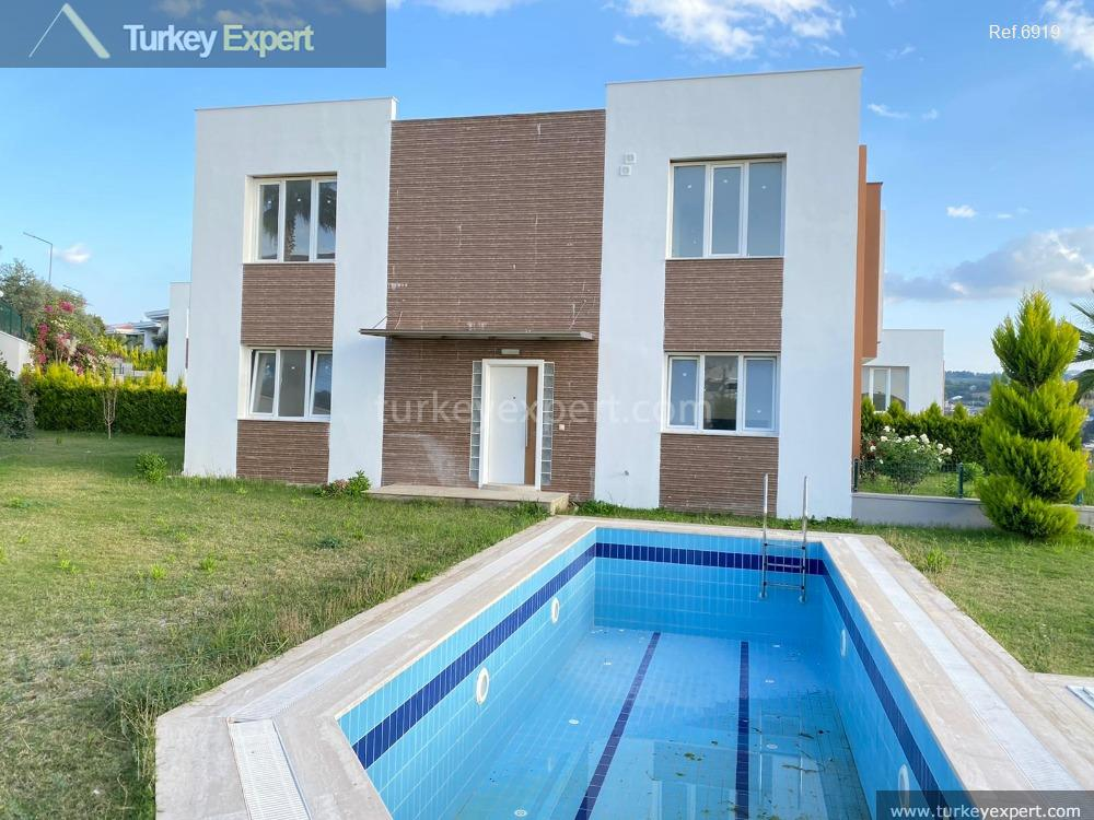 detached villa with sea view4