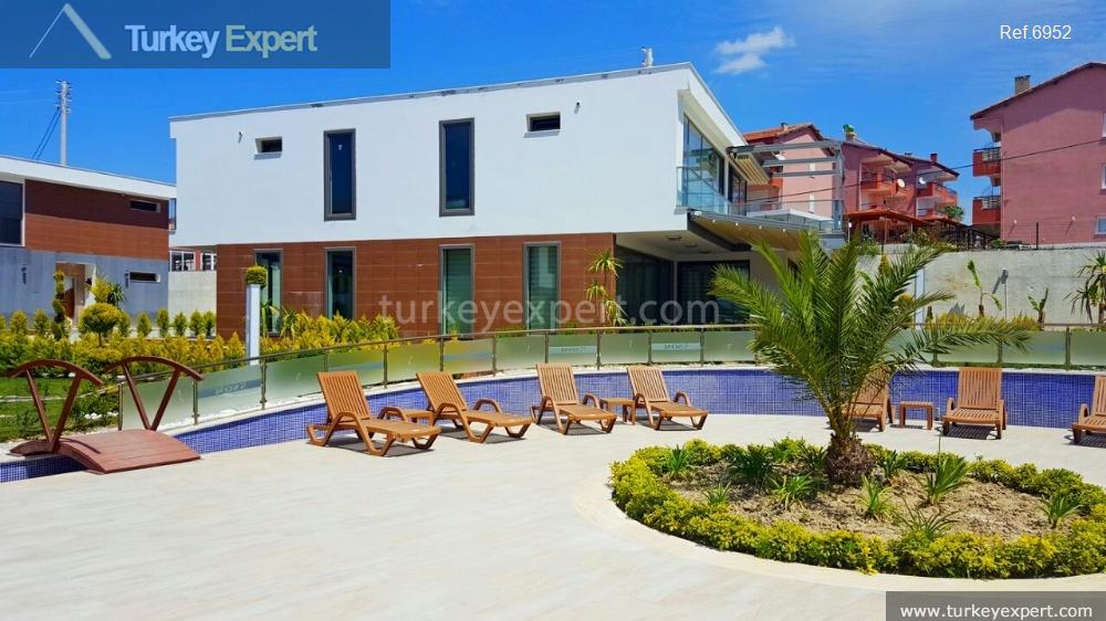 modern detached villa with private5