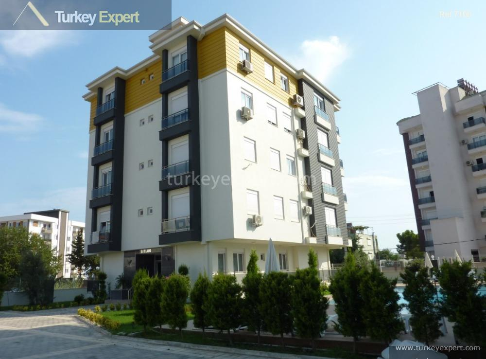 1spacious 3bedroom apartments for sale2