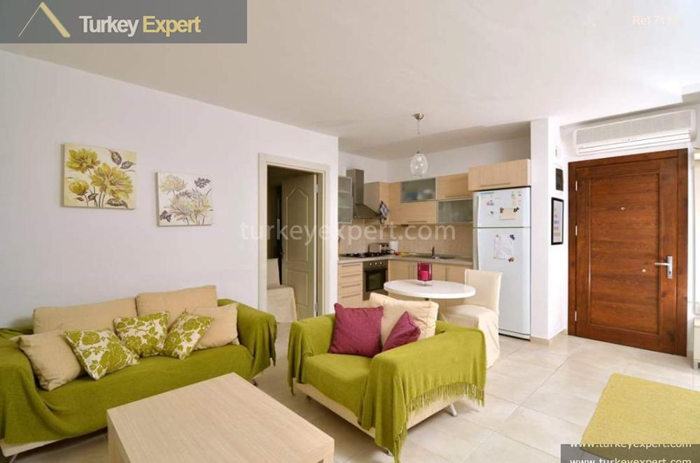 2bedroom apartment with full sea9