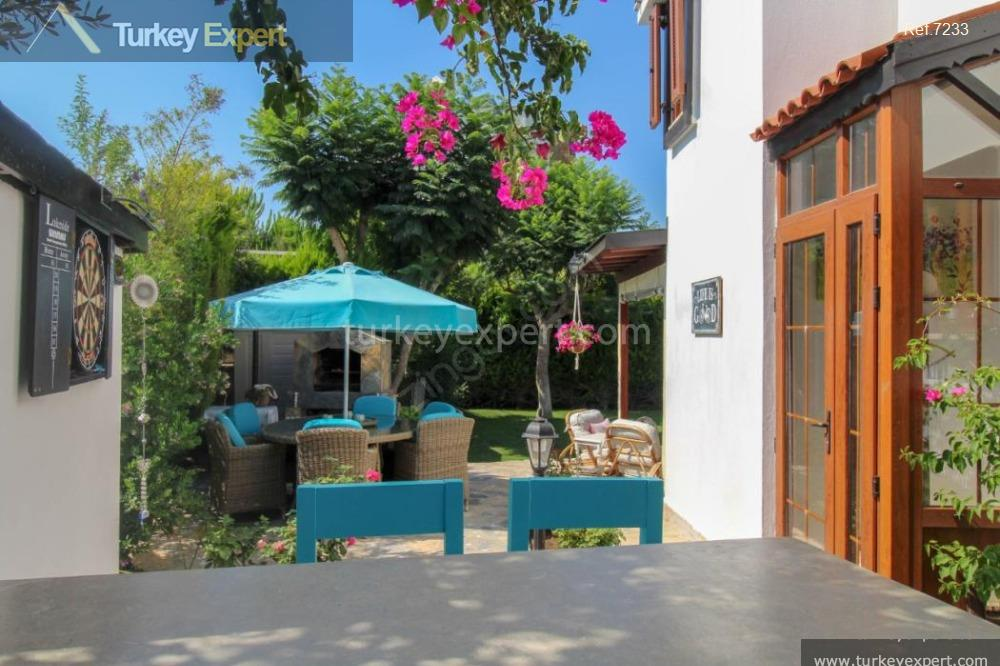 detached house for sale in10