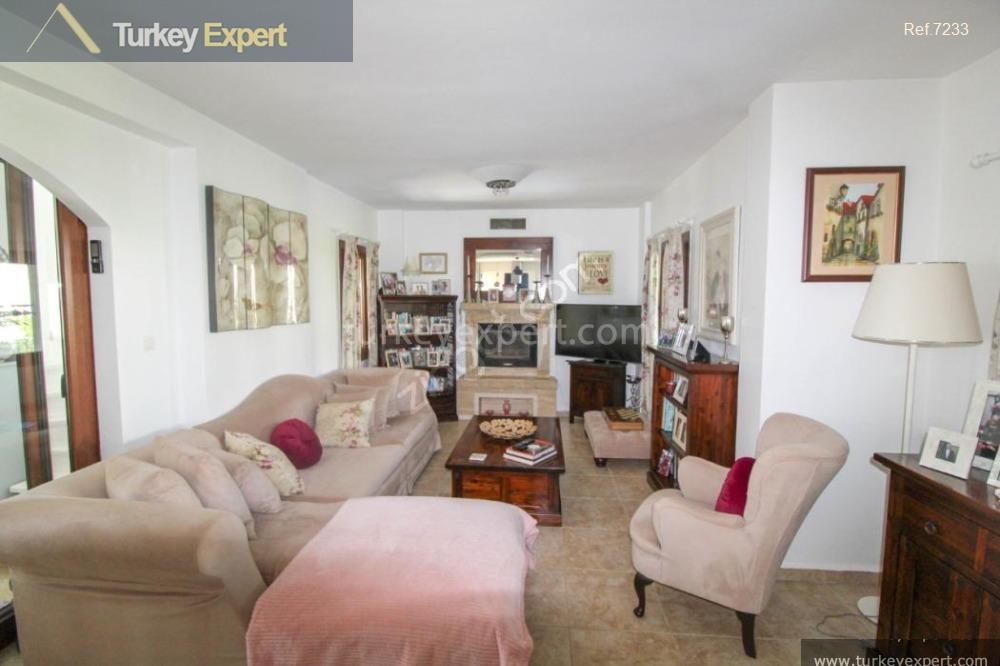 detached house for sale in26