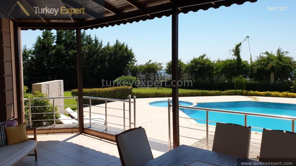 3large detached villa with sea8