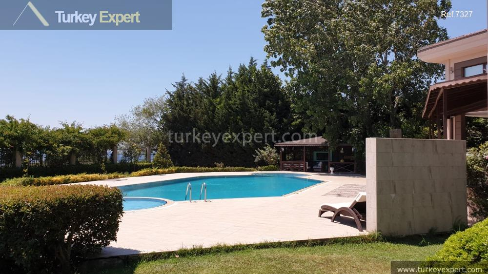 large detached villa with sea10