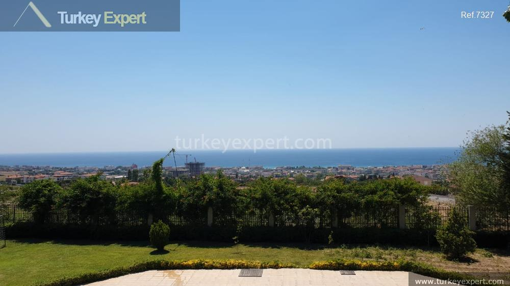 large detached villa with sea4