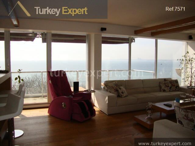 3_fi_an uninterrupted seaview apartment in9
