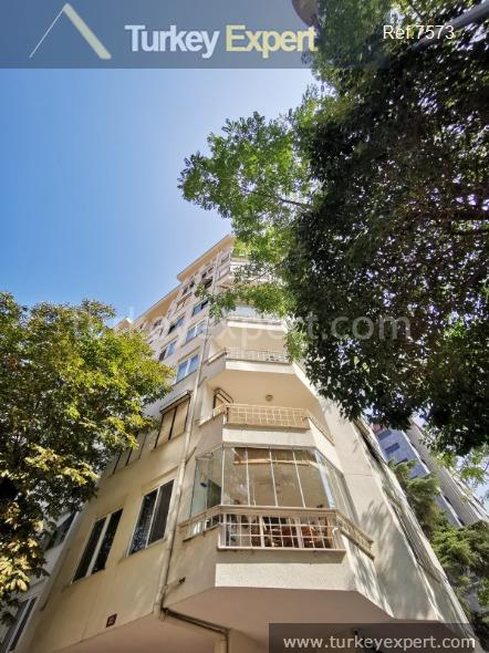 resale apartment for sale in5