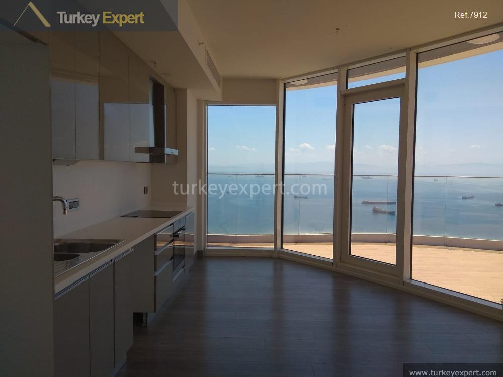 3apartment for sale in kartal istanbul sea front17