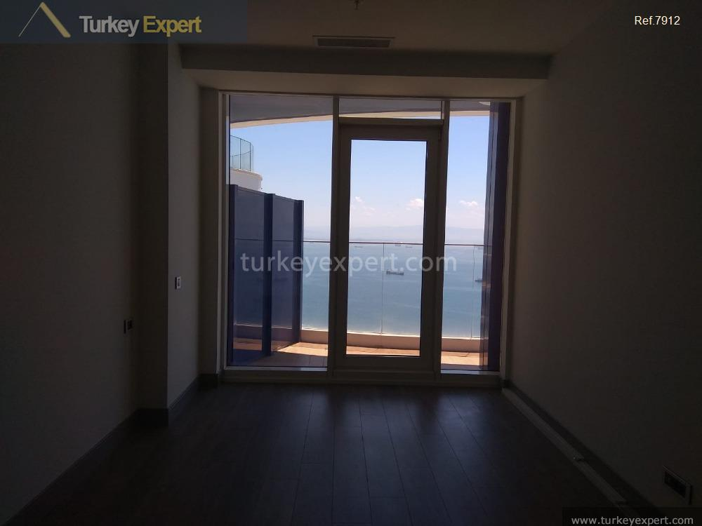 apartment for sale in kartal istanbul sea front10