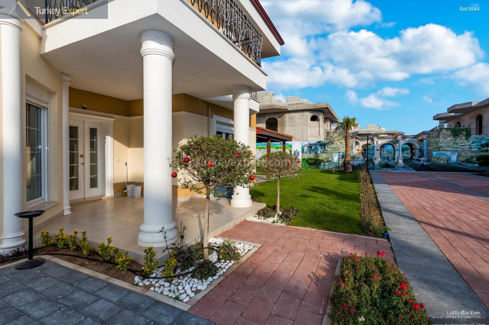 Modern villas for sale in Antalya Dosemealti